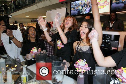 Zendaya Coleman, Bella Thorne and Disney 29