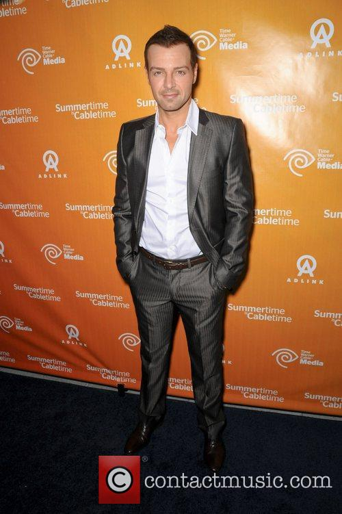 Joey Lawrence 4