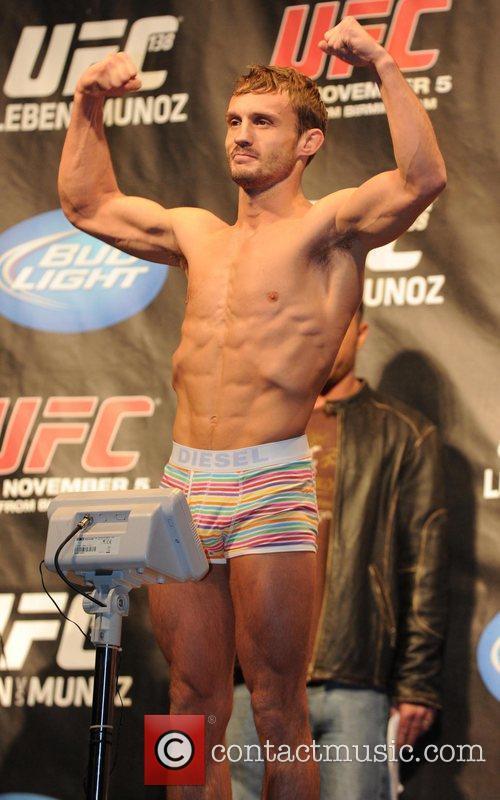 UK fighter Brad Pickett UFC 138, Ultimate Fighting...