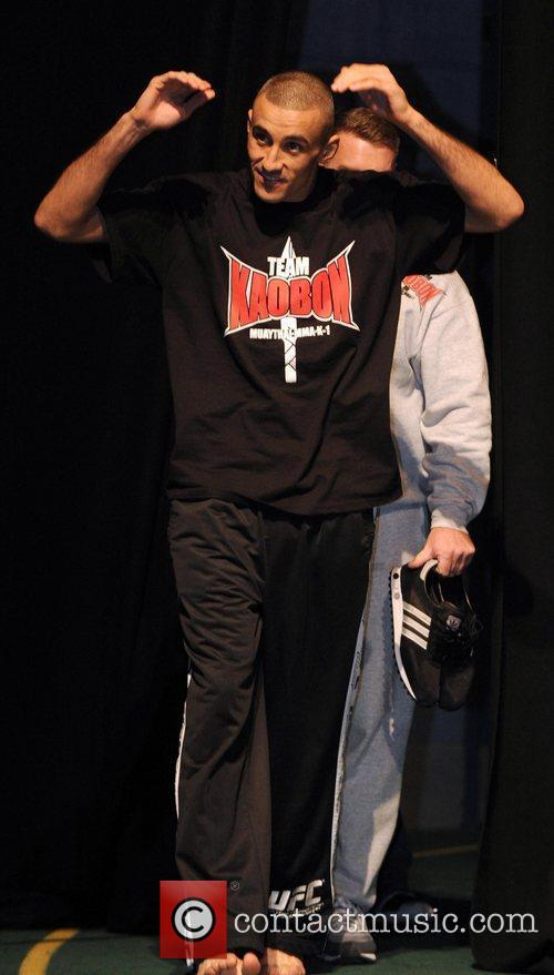UK fighter Terry Etim UFC 138, Ultimate Fighting...