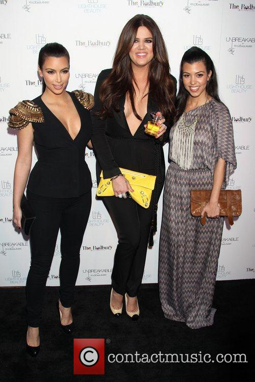 Kim Kardashian, Khloe Kardashian and Kourtney Kardashian 8