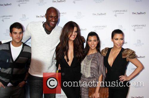 Lamar Odom, Khloe Kardashian, Kim Kardashian and Kourtney Kardashian 4