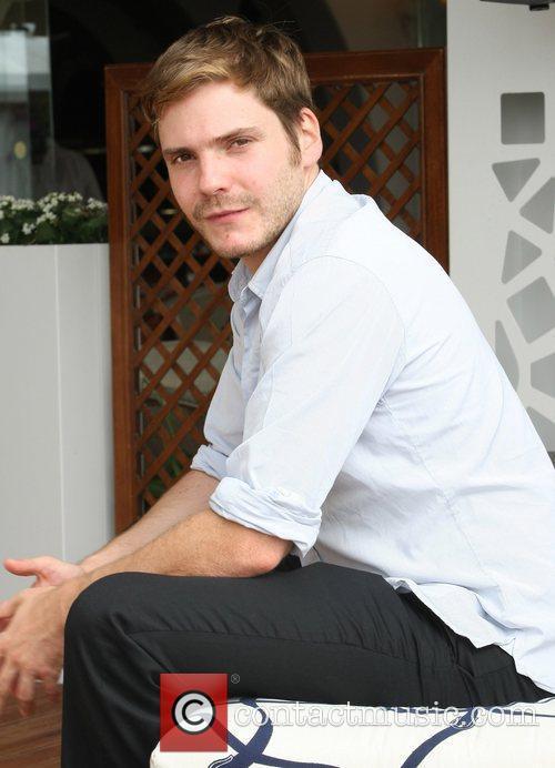 Daniel Bruhl 2