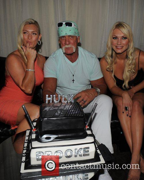 Hulk Hogan, Brooke Hogan and Jennifer Mcdaniel 2