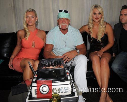 Hulk Hogan, Brooke Hogan and Jennifer Mcdaniel 1