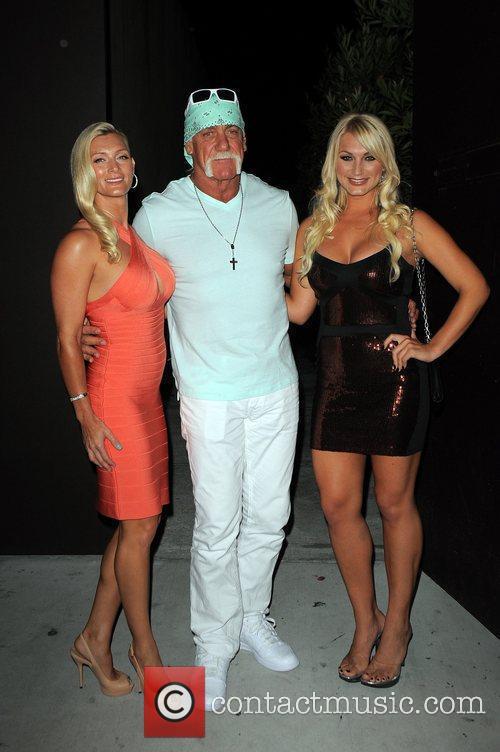 Hulk Hogan, Brooke Hogan and Jennifer McDaniel 2