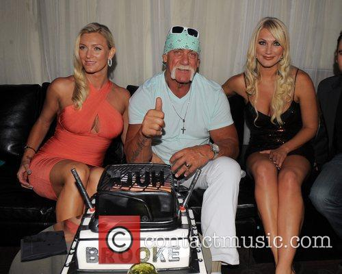 Hulk Hogan, Brooke Hogan and Jennifer Mcdaniel 6