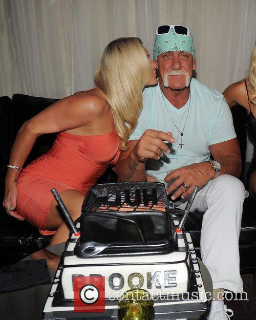 Hulk Hogan, Brooke Hogan and Jennifer McDaniel 8