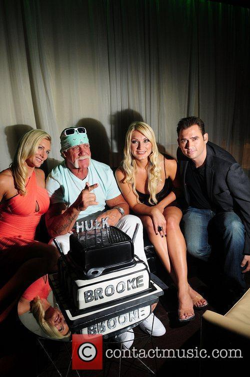 Hulk Hogan, Brooke Hogan, Jennifer McDaniel and Katie Price 1