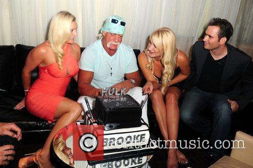 Hulk Hogan, Brooke Hogan, Jennifer McDaniel and Katie Price 2