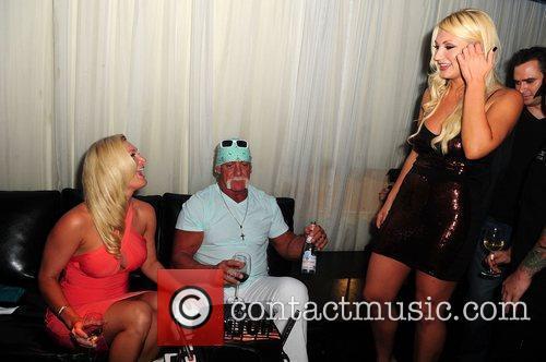 Hulk Hogan, Brooke Hogan and Jennifer McDaniel 1