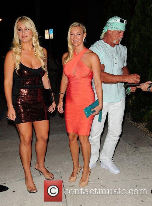 Brooke Hogan, Hulk Hogan and Jennifer McDaniel 3