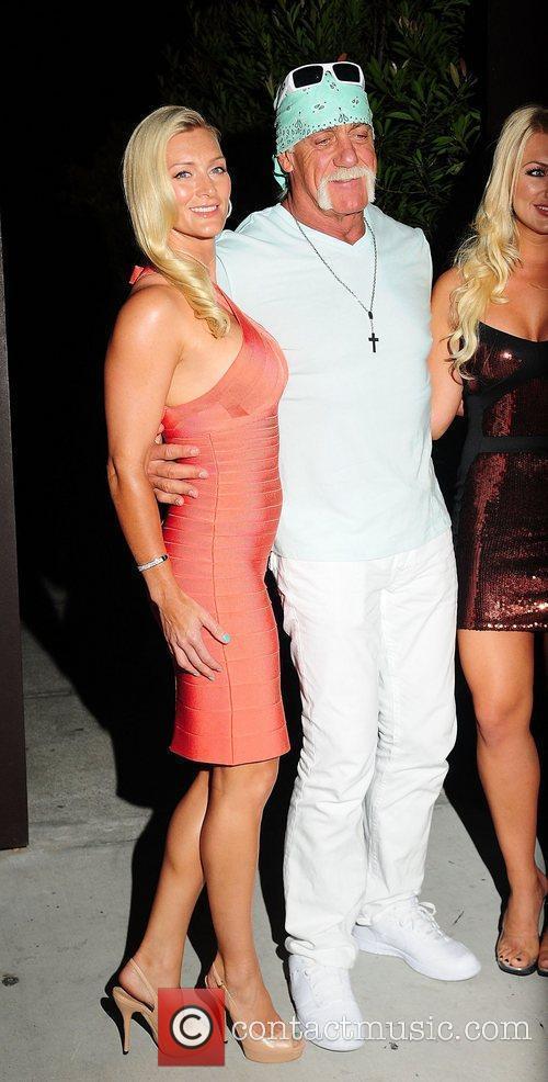 Jennifer Mcdaniel and Hulk Hogan 4