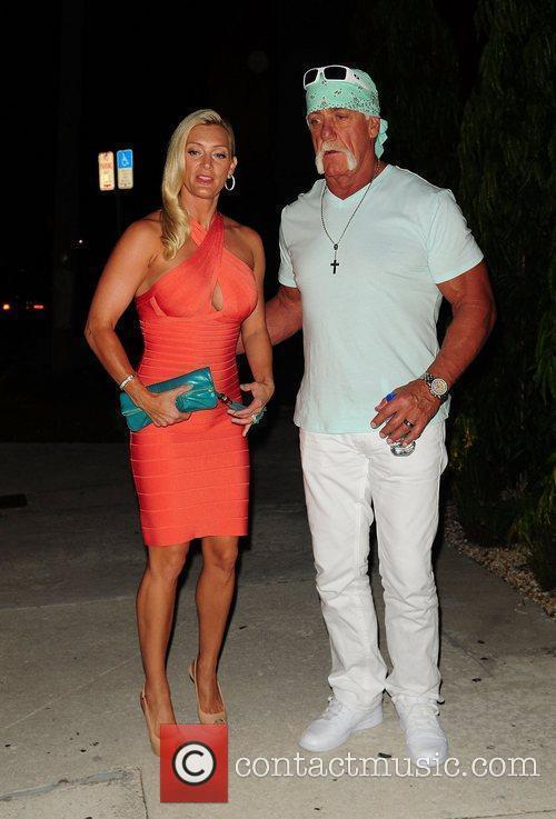 Jennifer Mcdaniel and Hulk Hogan 5