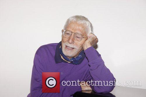 Tom Jones  Aaron Carter in rehearsal with...