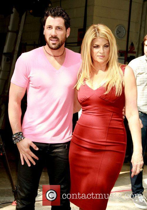 Maksim Chmerkovskiy and Kirstie Alley 3
