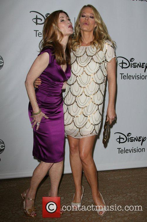 Dana Delany and Jeri Ryan 6