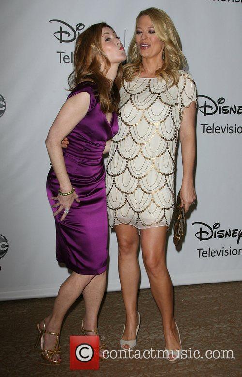 Dana Delany and Jeri Ryan 1