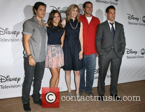 Blair Redford, Adrian Pasdar, Andy Buckley and Helen Slater 7