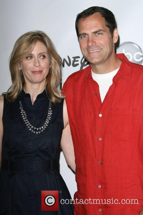 Helen Slater and Andy Buckley 8