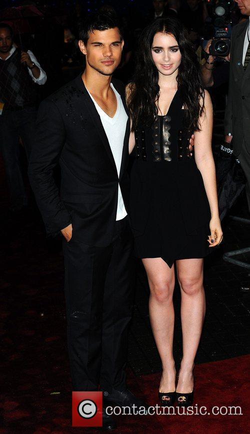 Taylor Lautner and Lily Collins 2