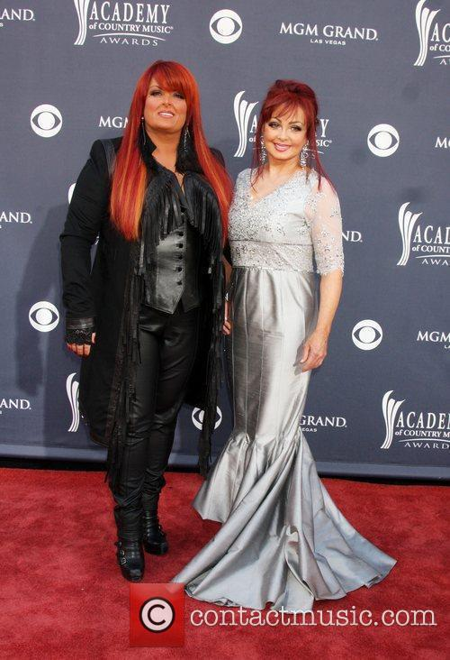 Wynonna Judd and Naomi Judd 1