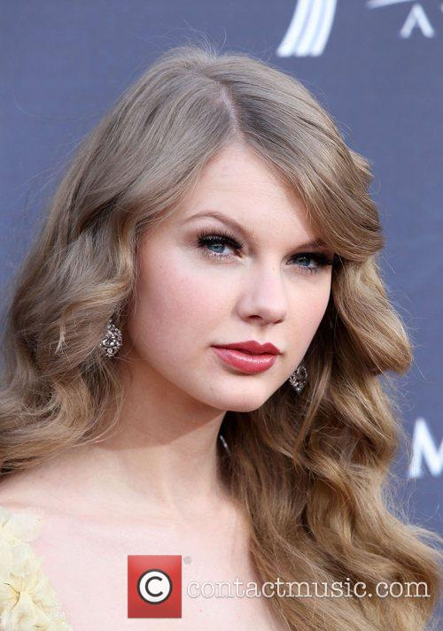 pictures of taylor swift and taylor. Taylor Swift Gallery