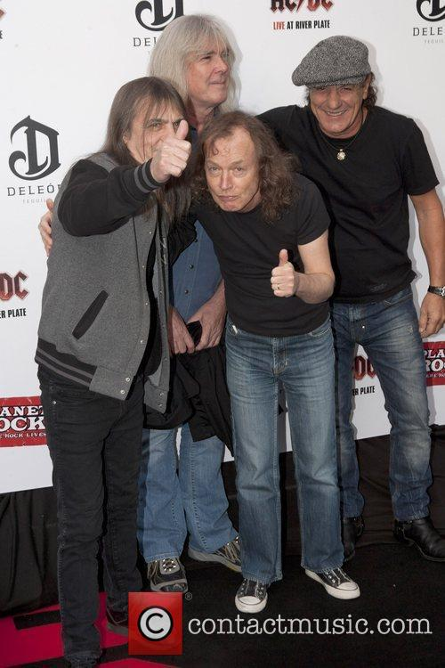 angus young ac dc brian johnson 5650453