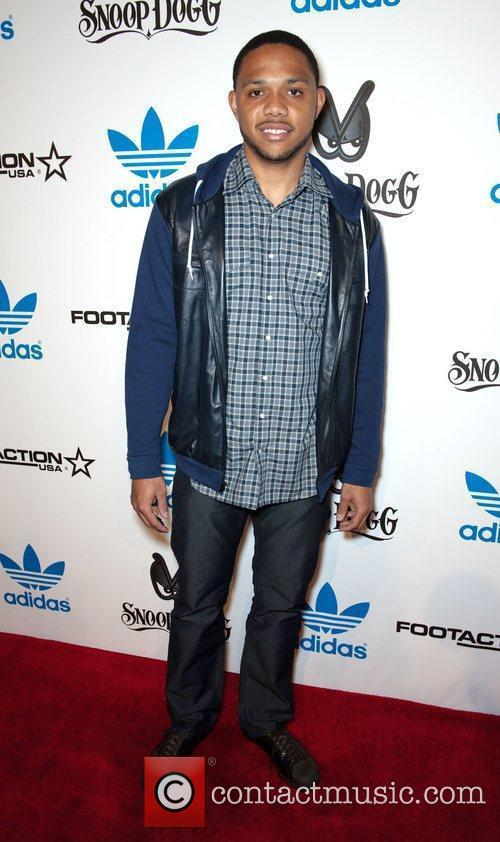 Eric Gordon Adidas and Snoop Dogg co-host an...