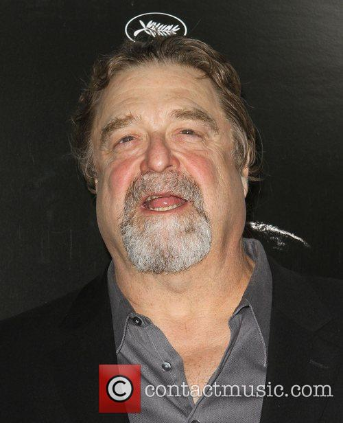 John Goodman and Grauman's Chinese Theatre 1