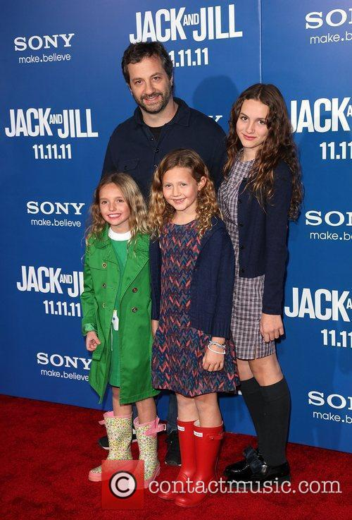 producer judd apatow with children and guest 3596225