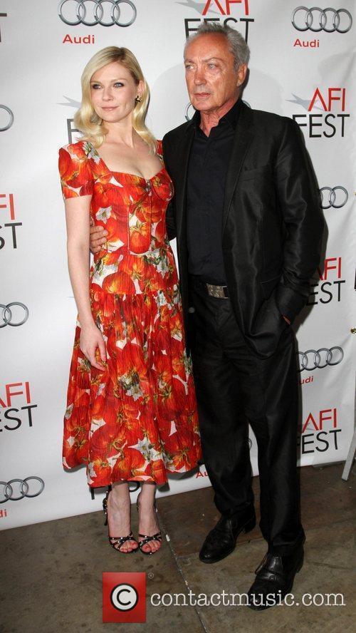 Kirsten Dunst and Udo Kier 7
