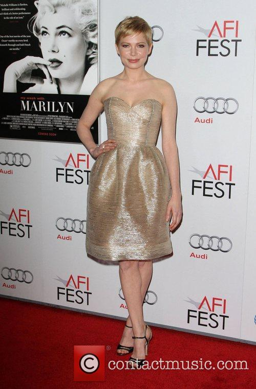 Michelle Williams and Grauman's Chinese Theatre 9