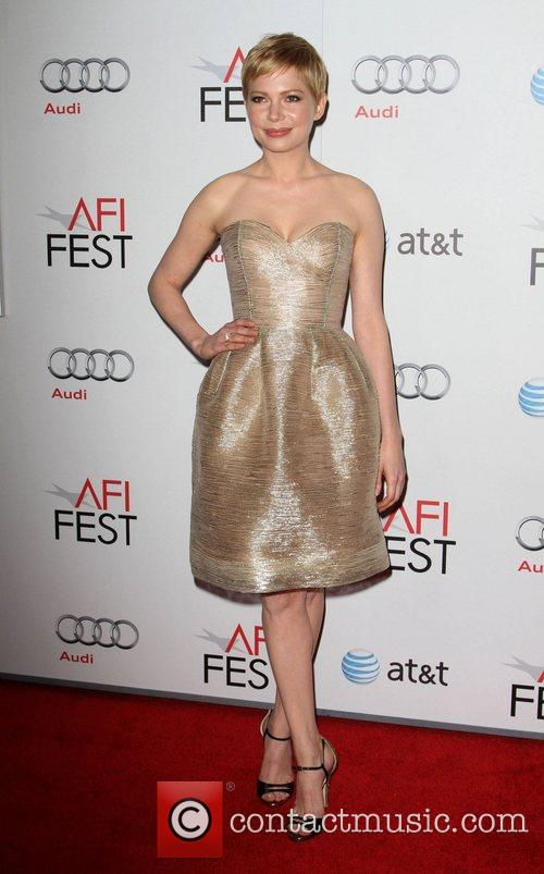 Michelle Williams and Grauman's Chinese Theatre 1