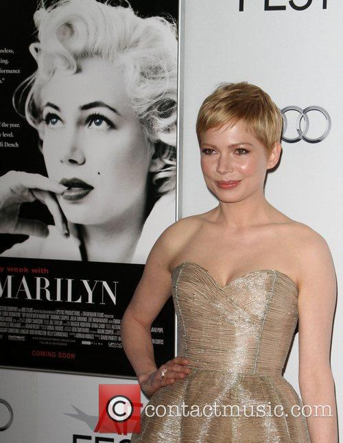 Michelle Williams and Grauman's Chinese Theatre 12