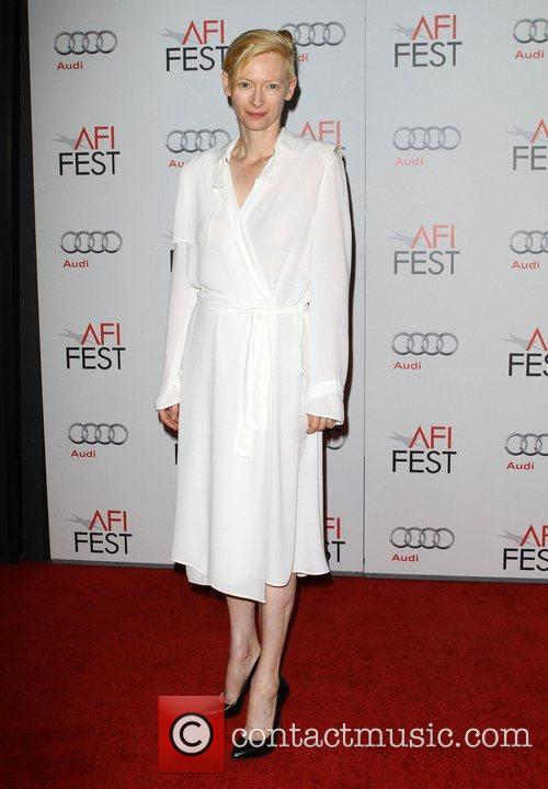 Tilda Swinton and Grauman's Chinese Theatre 14
