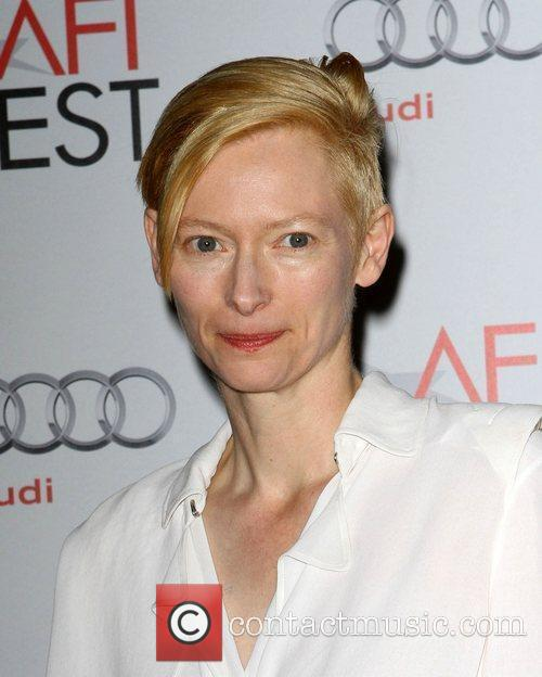 Tilda Swinton and Grauman's Chinese Theatre 6