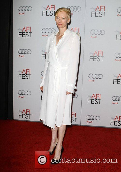 Tilda Swinton and Grauman's Chinese Theatre 9