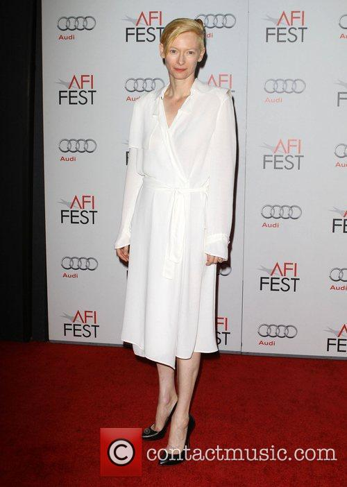 Tilda Swinton and Grauman's Chinese Theatre 15