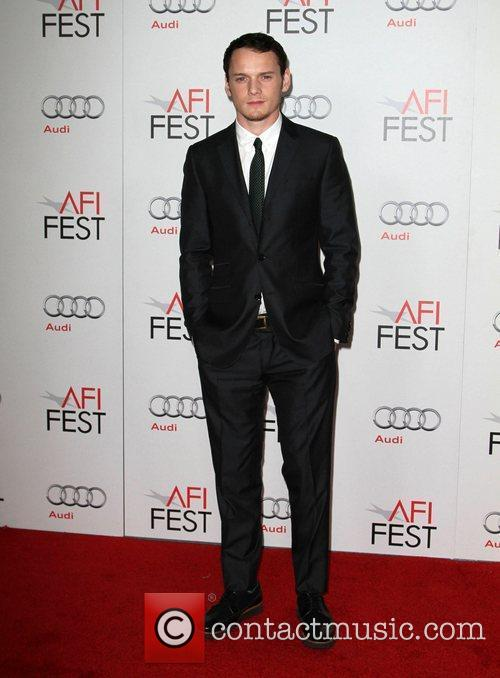 Anton Yelchin and Grauman's Chinese Theatre 2