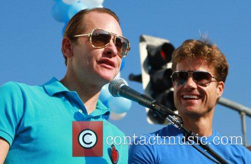 Carson Kressley and Louis Van Amstel 2