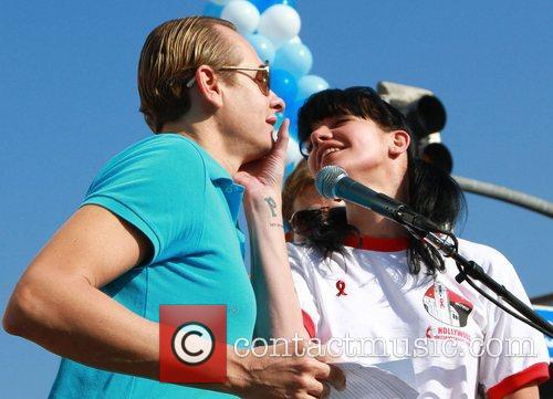 Carson Kressley and Pauley Perrette 7