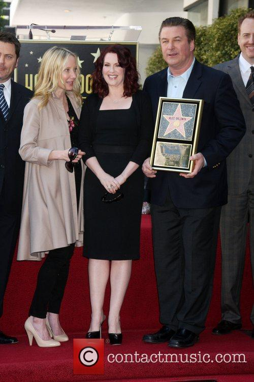 Anne Heche, Alec Baldwin and Megan Mullally 9