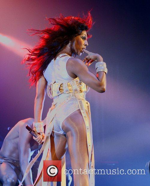 Alexandra Burke performing at Hammersmith Apollo.