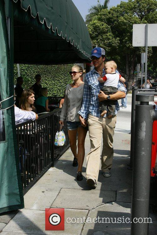 Ali Larter and Hayes MacArthur 13
