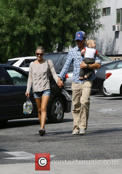Ali Larter and Hayes Macarthur 4