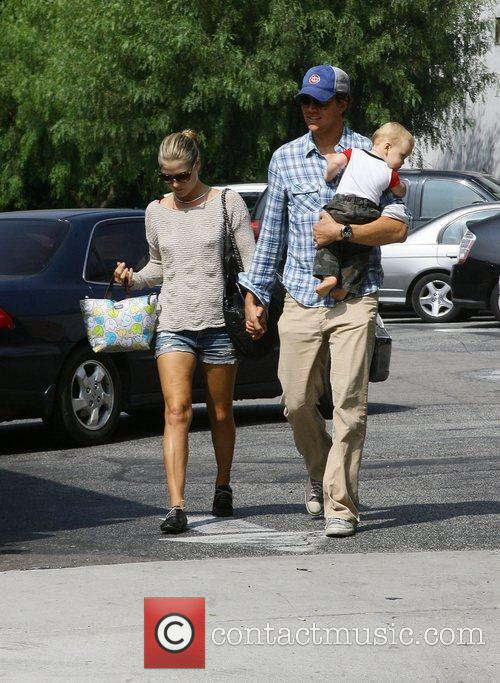 Ali Larter and Hayes Macarthur 5
