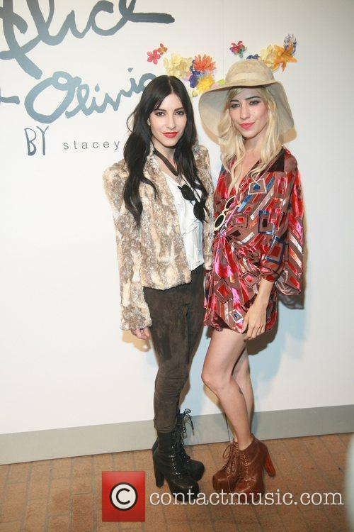 The Veronicas    Alice and Olivia...
