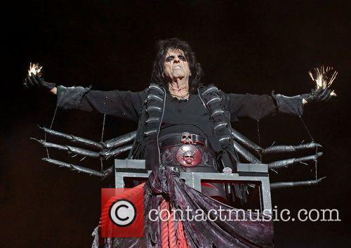 Alice Cooper, Manchester Apollo