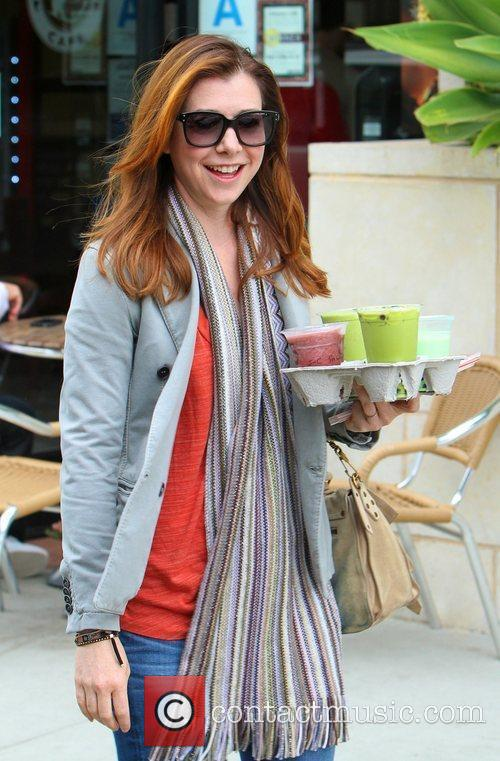 Grabs some coffee in Brentwood